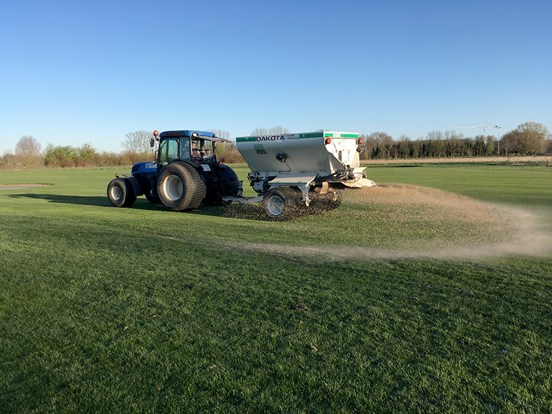 Drainage en forse bezanding Fairways van Golf Drie Eycken